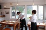 ワンナイトレストランのサービス指導.JPG